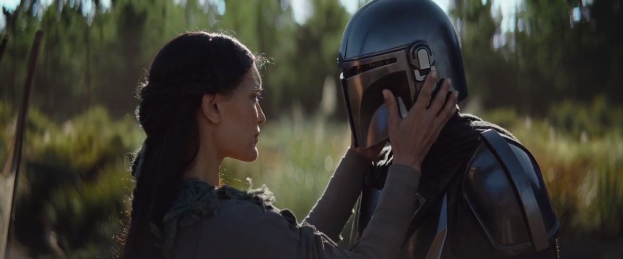 Latest TV Spot for 'The Mandalorian' Confirms He's Protecting a Woman and Child From Someone